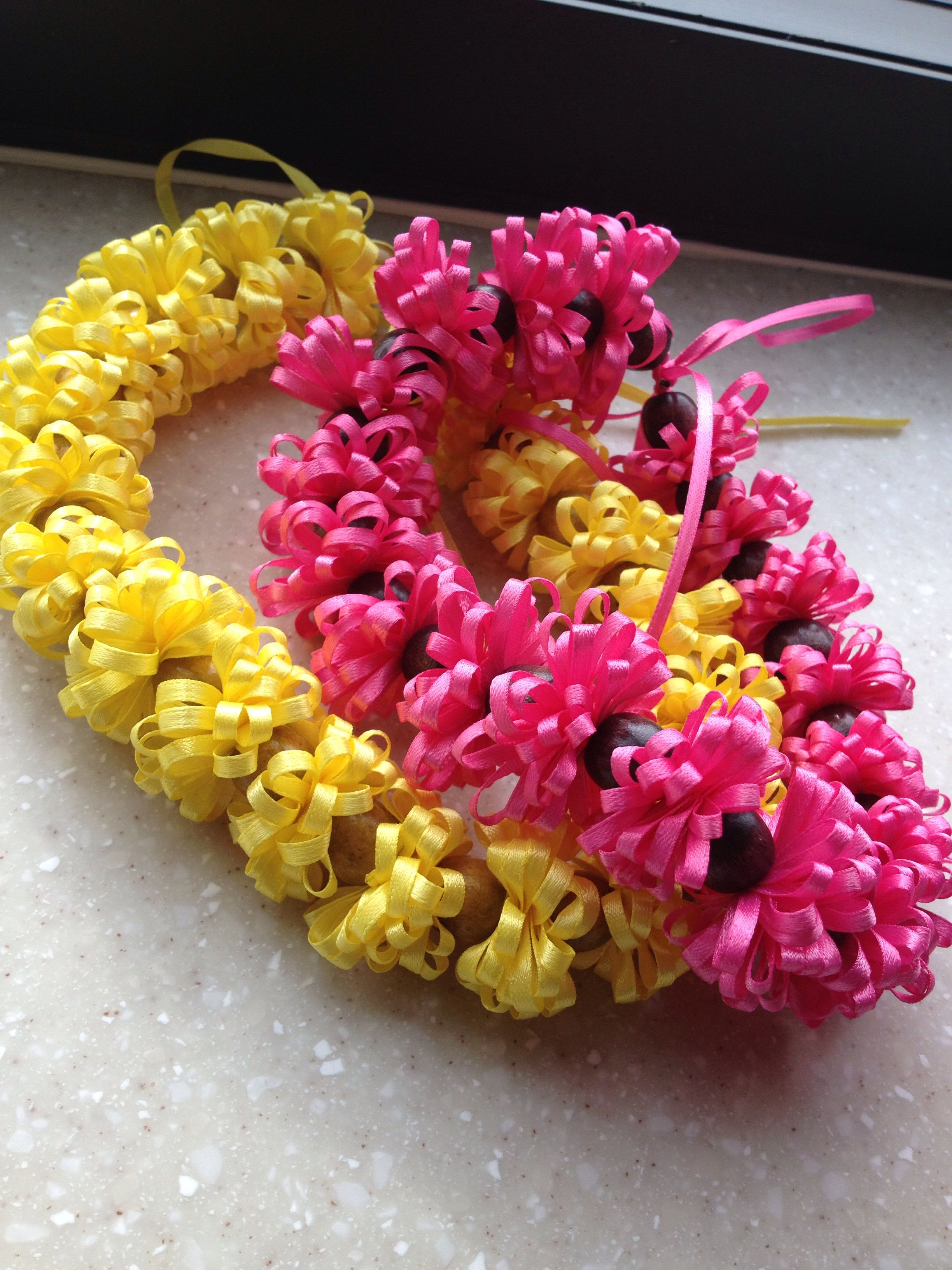 Mini handmade hawaiian leis i made to keep my mind off of things mini handmade hawaiian leis i made to keep my mind off of things would you like one too email me at evaisallaboutyougmail izmirmasajfo
