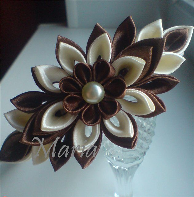 Tsumami kanzashi creaciones kanzashi pinterest kanzashi tsumami kanzashi making bowsflower makingribbon flowerflower paperfabric mightylinksfo