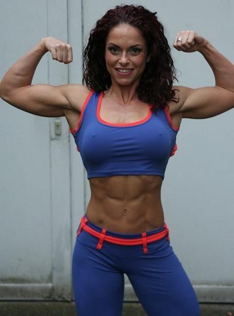 Gabriella Bankuti SUPERHERO abs! | Fit: Let's Do This ...