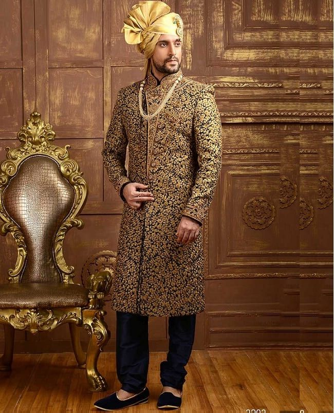 12e4f10adb 31 Best Pakistani Groom Sherwani Designs for Wedding | sherwani ...