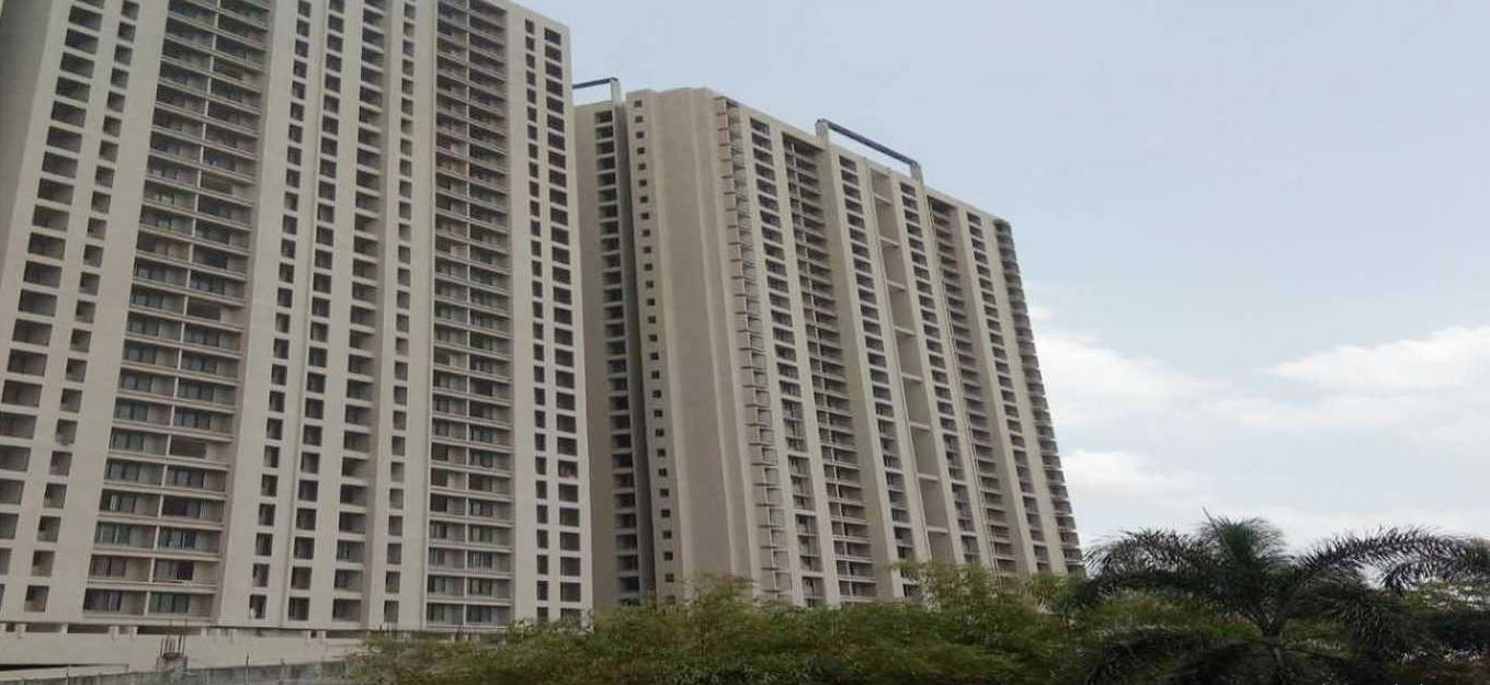 Pin By Neha Bhagwat On Propertyinthane Residential Real Estate Garden Park Indoor Swimming Pools