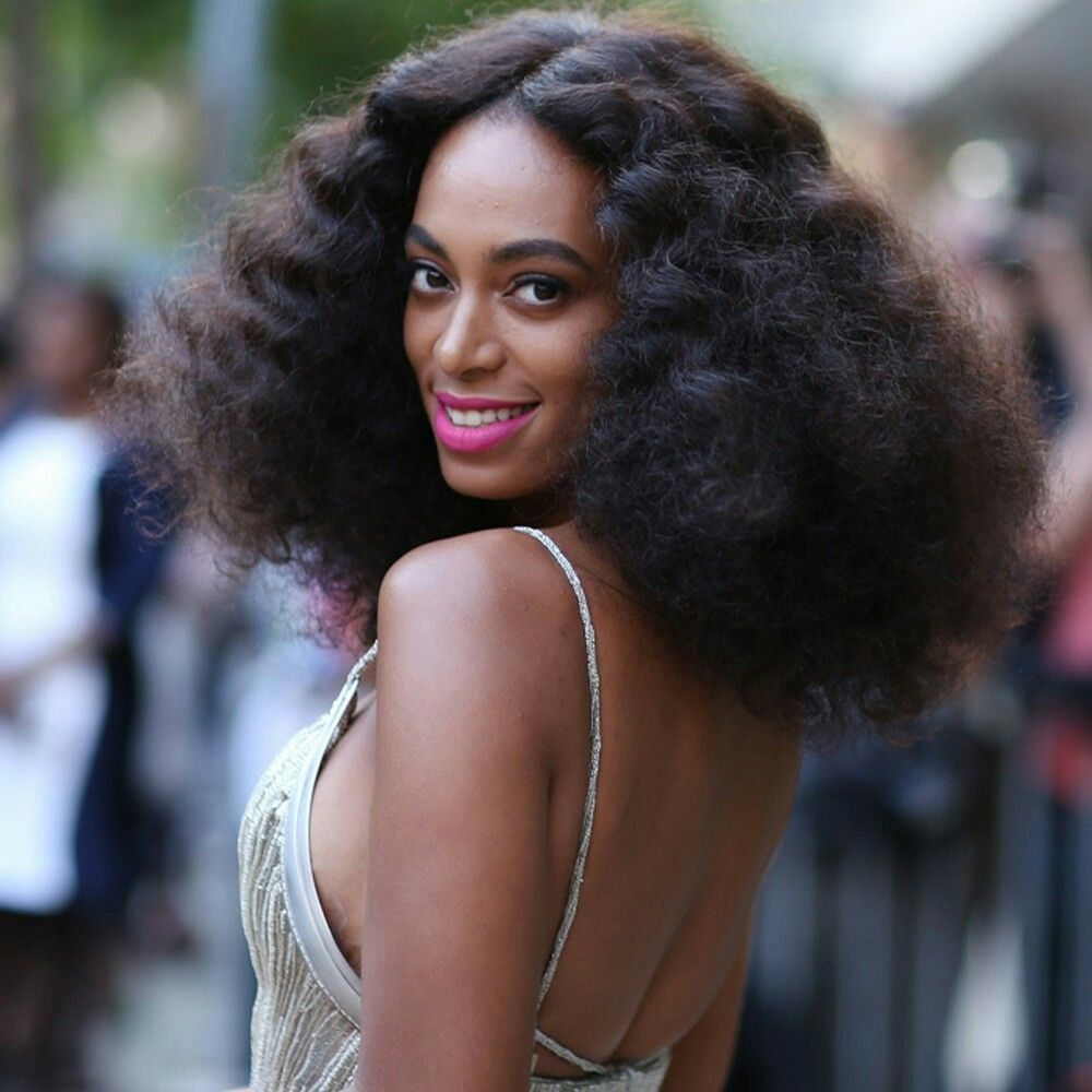 Solange 70s Diana Ross Inspired Curly Fro Disco Hair 70s Disco Hairstyles Curly Hair Styles