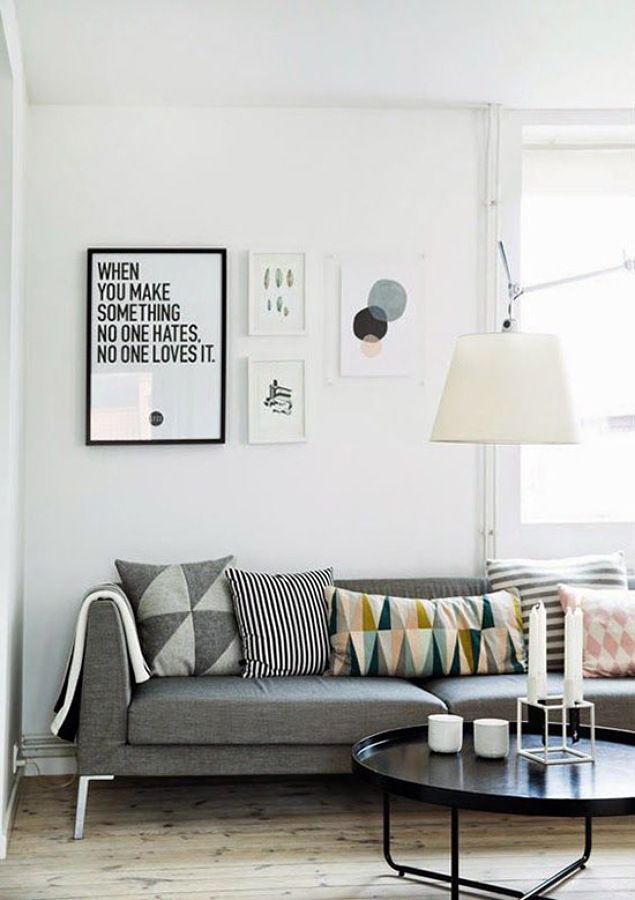 Sofa gris cojines colores | Living room | Pinterest | Salons