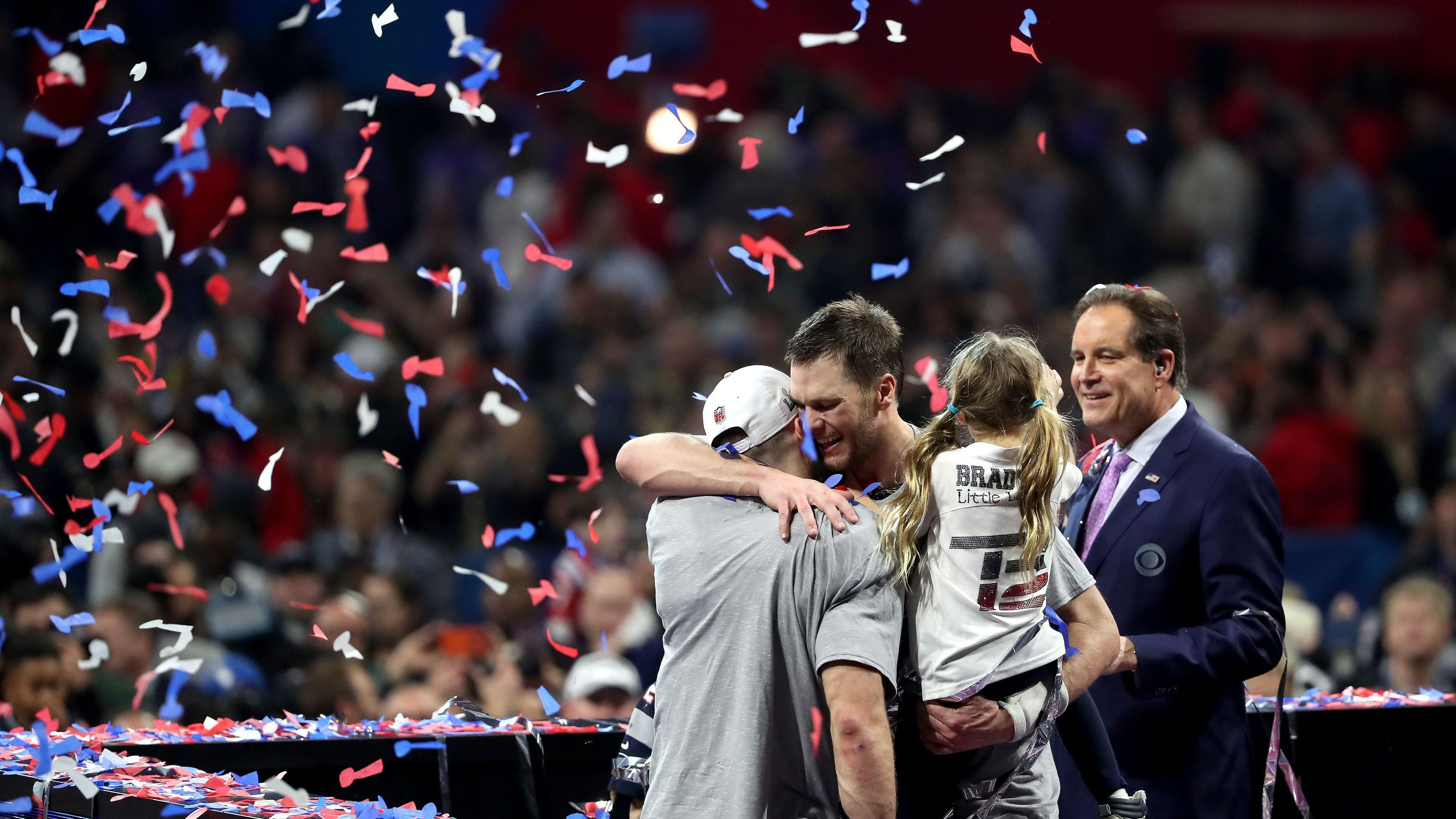 Tom Brady S Daughter Asked Julian Edelman Such A Cute Question Right After Win Are You Happy Julian Edelman Tom Brady Cute Questions