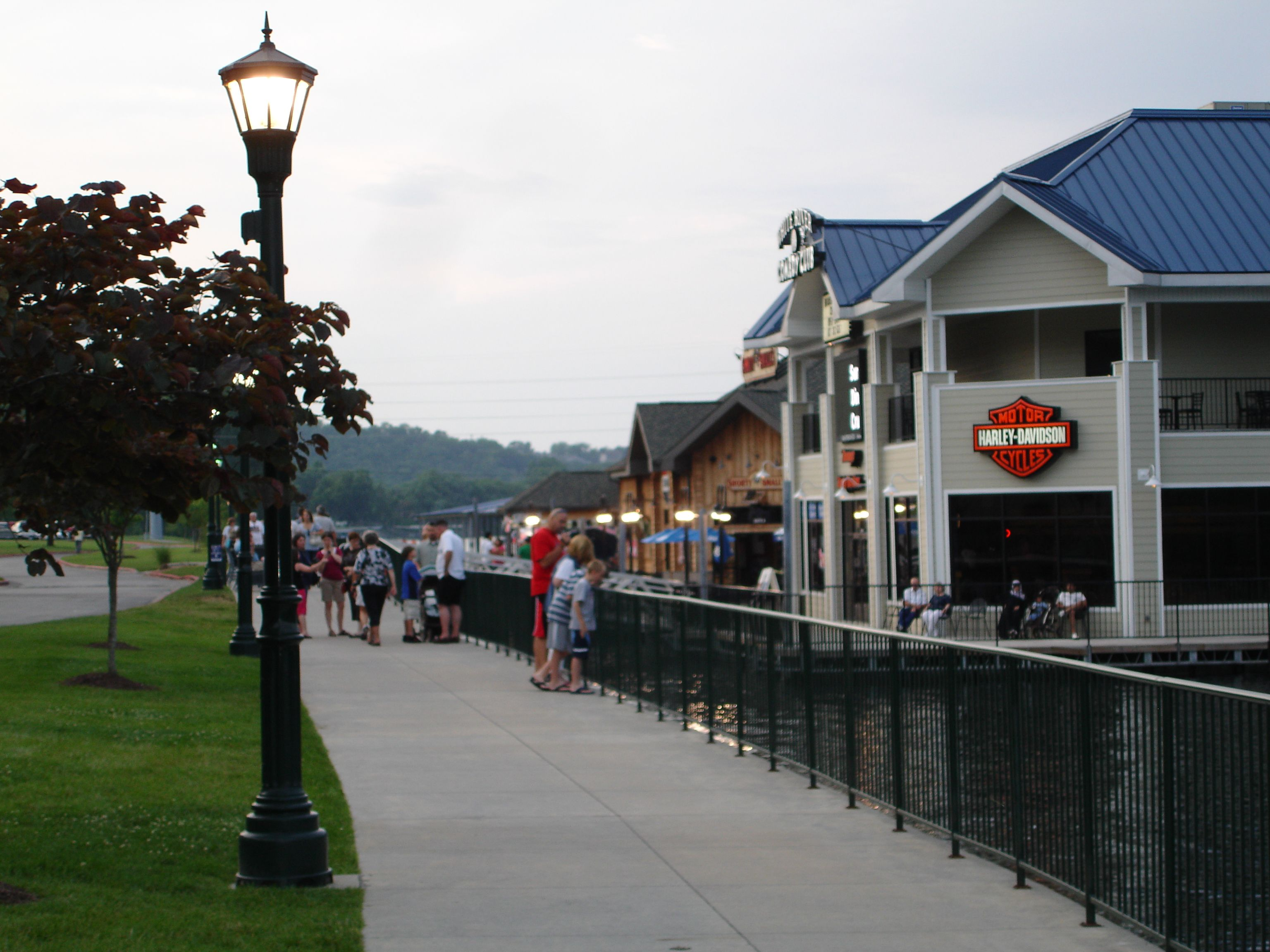 Homeaway Vacation Rentals Beach Houses Cabins More Branson Vacation Arkansas Vacations Fun Places To Go