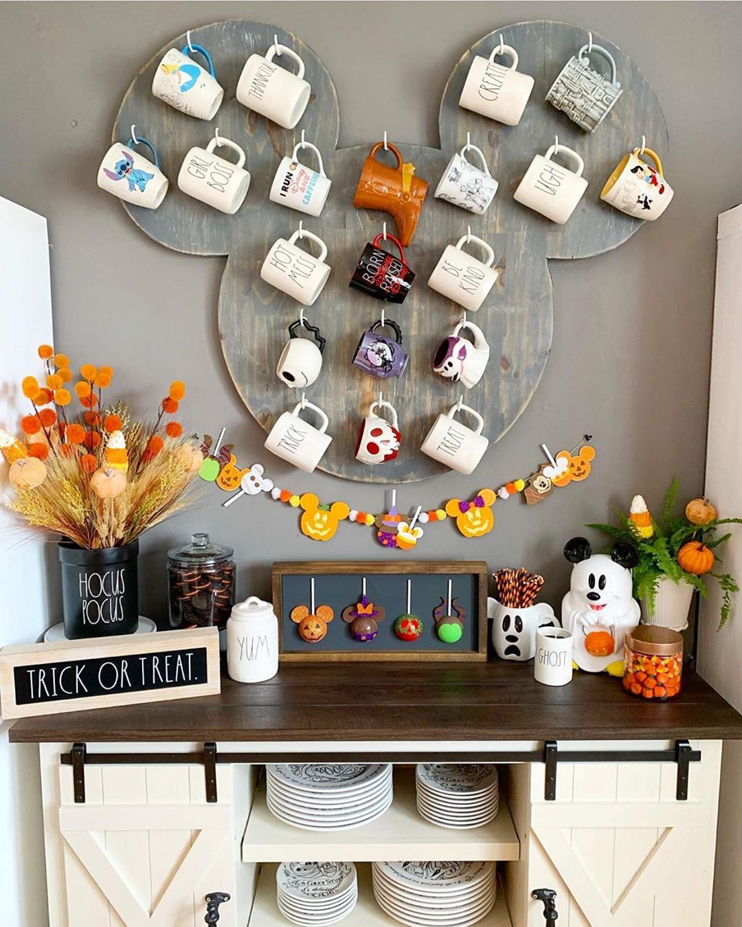 Disney At Home On Instagram Just When We Didn T Think Greatcrafternoon S Decor Couldn T Get More Pe Disney Room Decor Disney Home Decor Disney Kitchen Decor