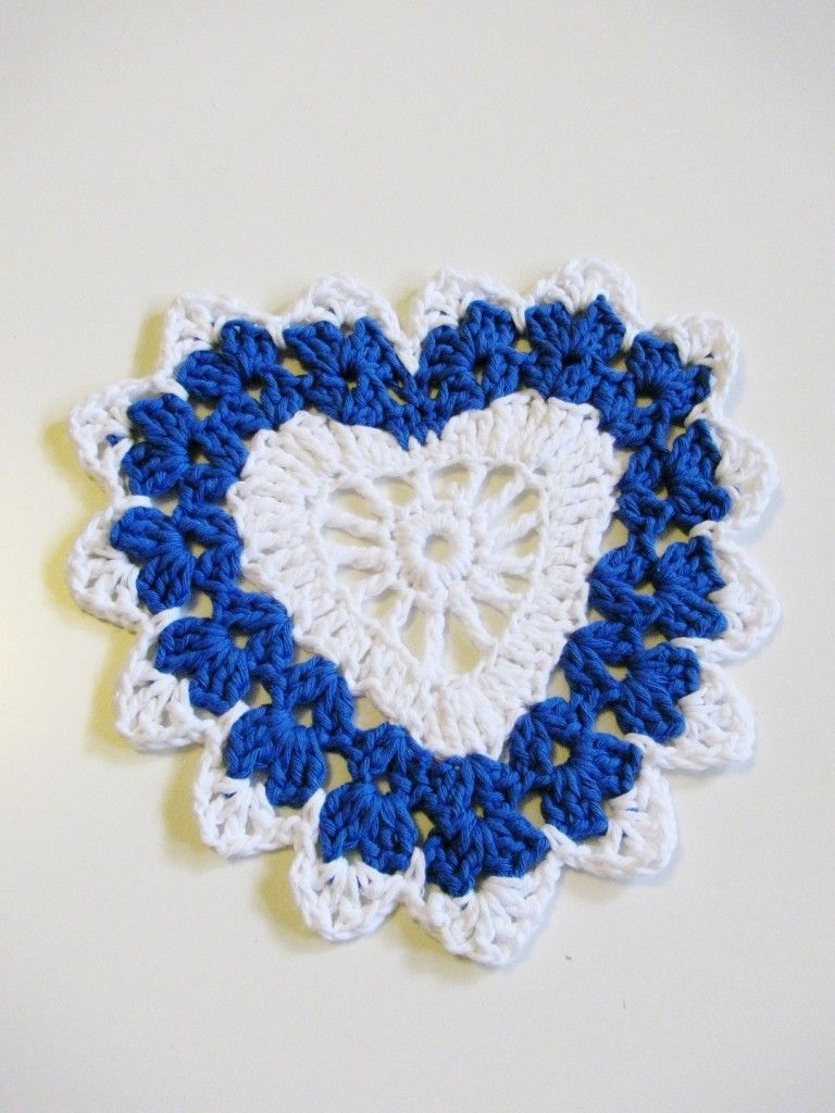 crochet heart pattern | EAT YOUR HEART OUT | Pinterest | Llavero ...