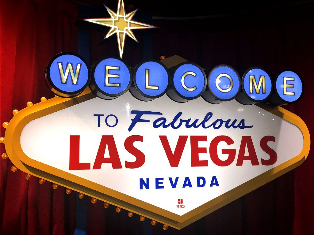 This Is An Altered Replica Of The Iconic Welcome To Fabulous Las