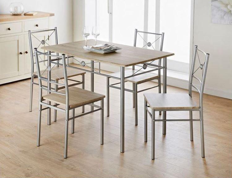 Un Petit Coin Dej A Amenager A Moindre Cout Pensez Babou Ensemble Repas 1 Table Ensemble De Chaises A Diner Decoration Maison Table Salle A Manger