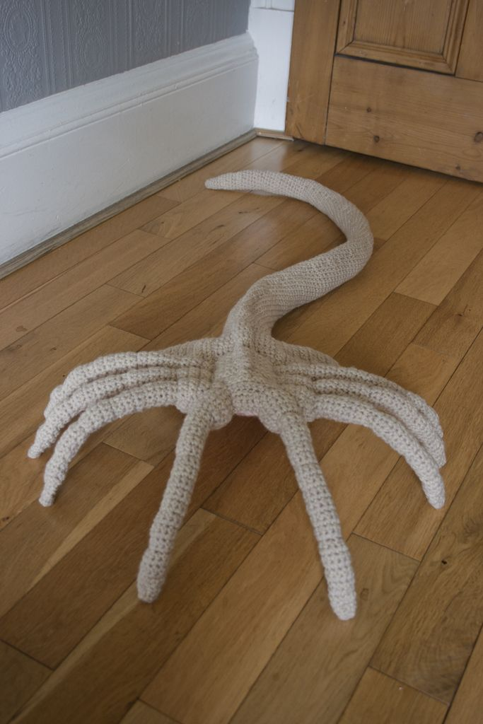 This Would Be Freaking Amazing To Make Crocheted Facehugger By