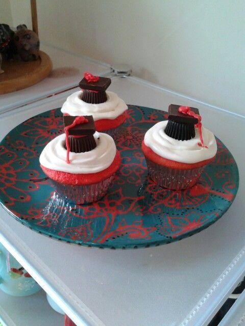Graduation red velvet cupcakes