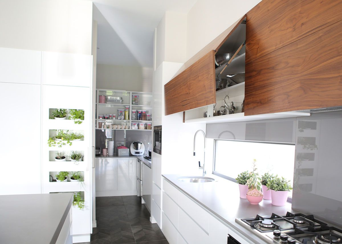 4003 Sleek Concrete James Kitchens Nerang Gold Coast Kitchen