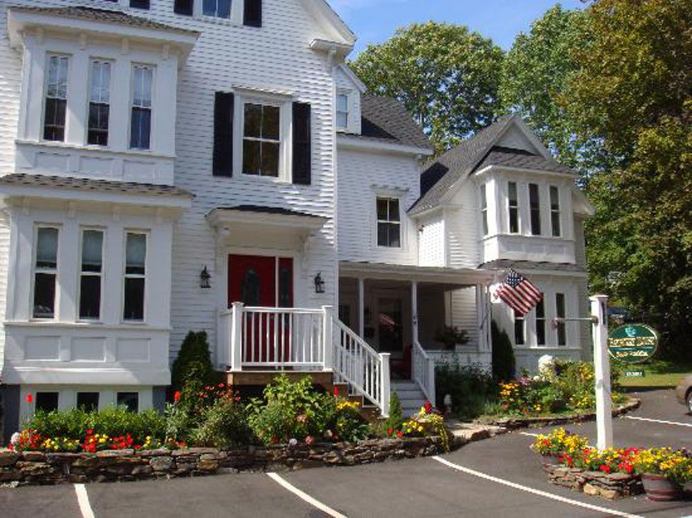 Bed and breakfast boothbay harbor me bayberry house
