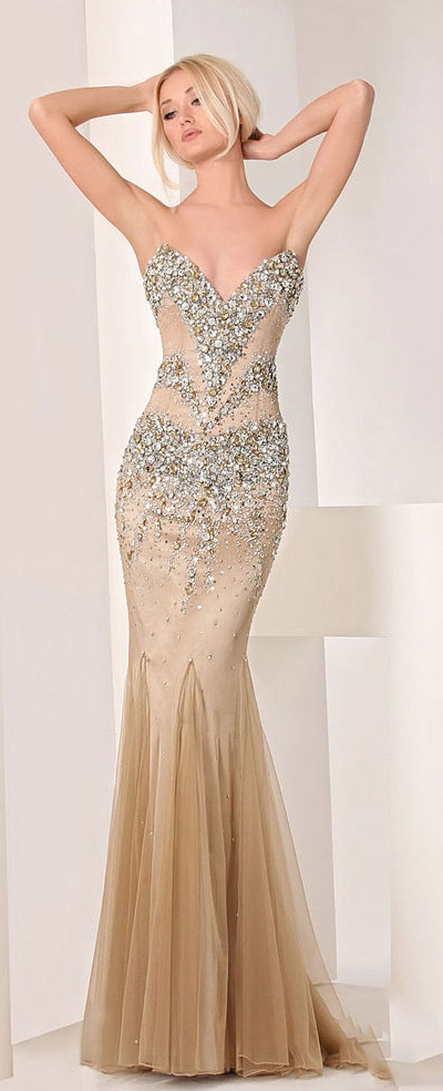 Haute Couture collection 2013 of evening dresses and gowns. | prom ...
