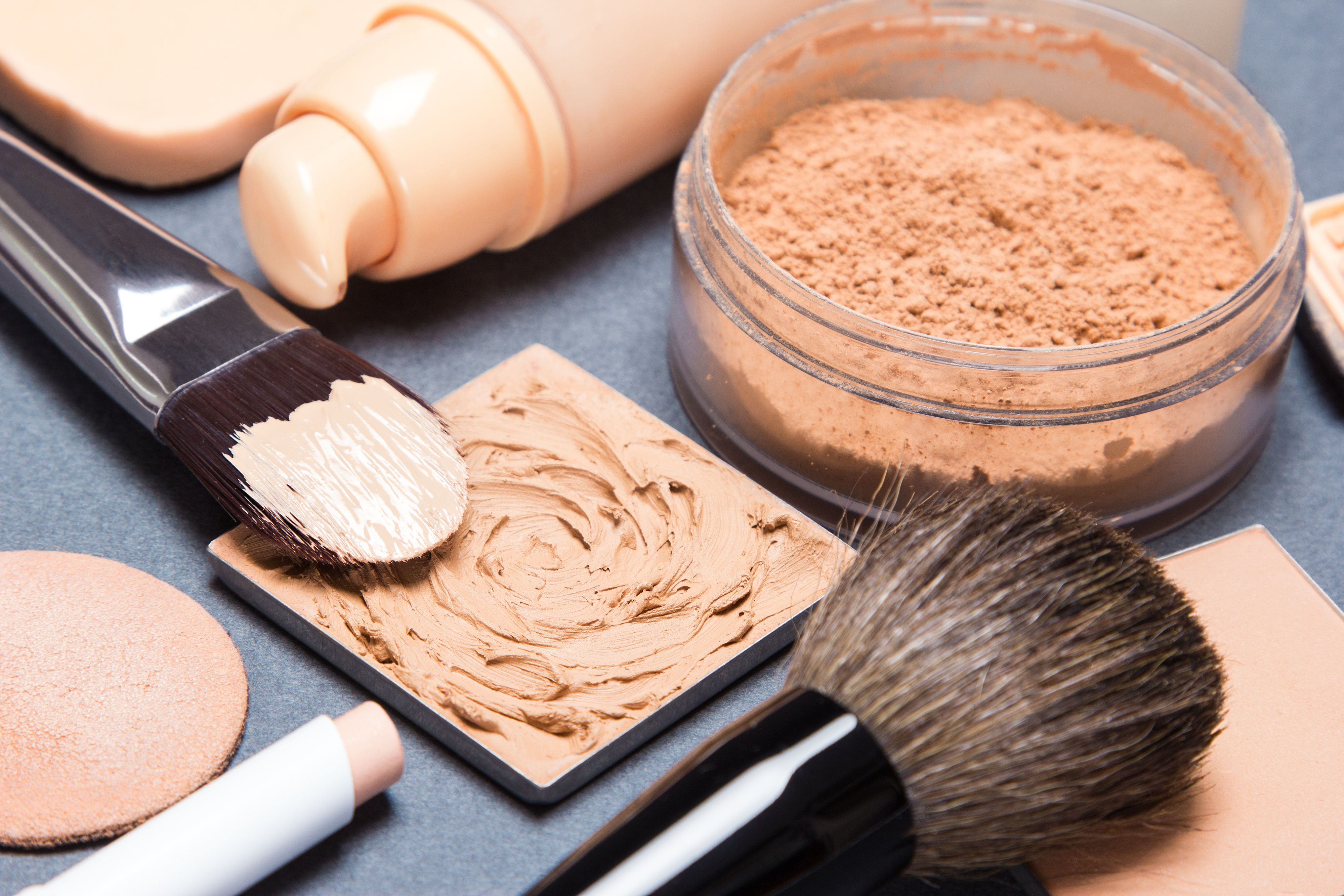 How to Choose an Arbonne Foundation Color (With images