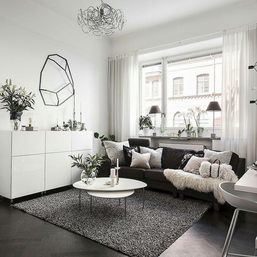 Astrid The Nordroom On Instagram Tiny Apartment Love Photos Via Eklundstockholmnewyork Apartment Interior Design Interior Apartment Interior