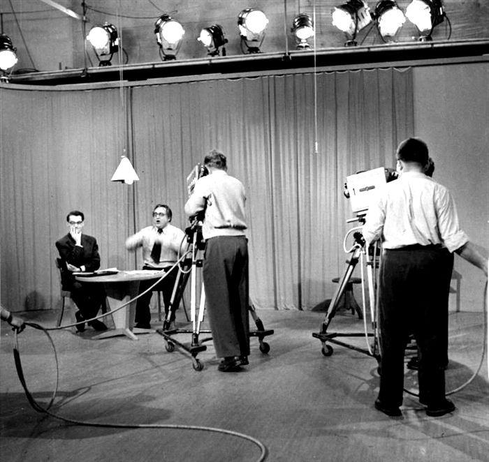 Detrás de las cámaras. Televisión, 1953.