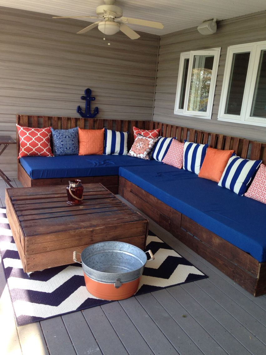 Pallet Sectional And Table Orange Navy Theme