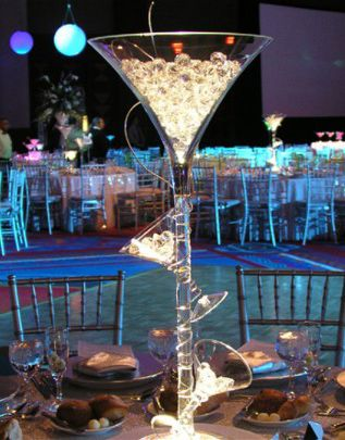 Best 25 Champagne Centerpiece Ideas On Pinterest Gold