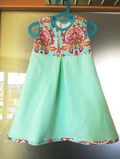 Kostenloses Schnittmuster Kapuzenkleidchen von Schnabelina #clothpatterns