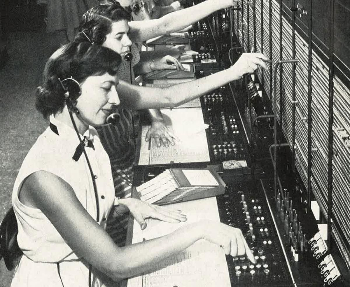 Canadian telephone switchboard operators in 1956