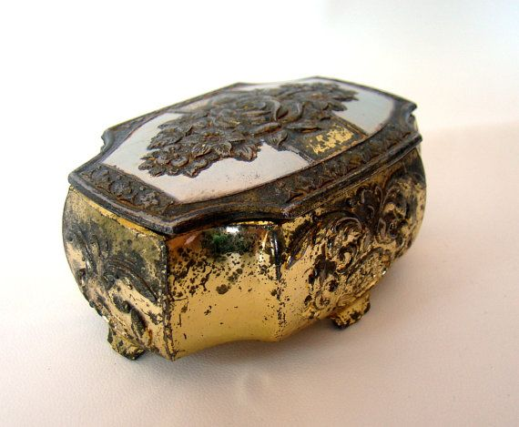 Antique Japanese Jewelry Box Decorative with Lid by thisolthing