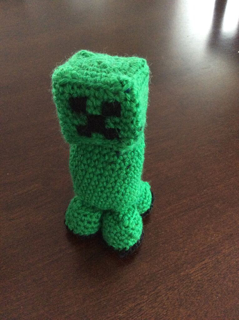 Crochet Creeper from Minecraft | Crochet Ideas | Pinterest | Ganchillo