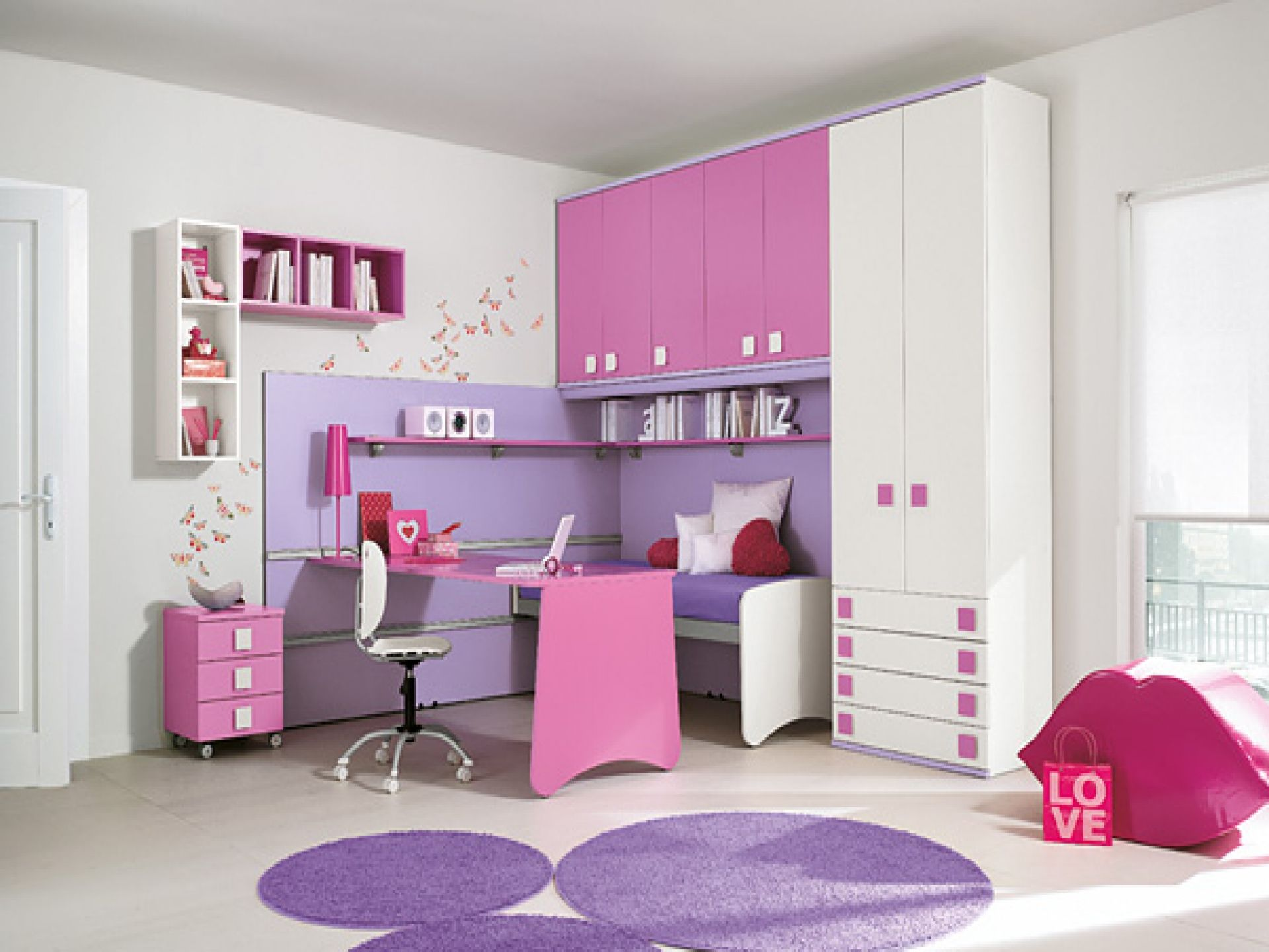 Fabulous Bedroom Designs In Pink And Purple Color