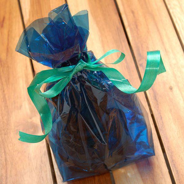 bolsa de regalo con papel celofn