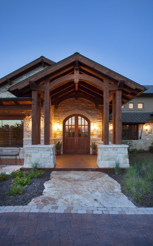 Timber frame homes texas austin hybrid home timber for Timber frame exteriors
