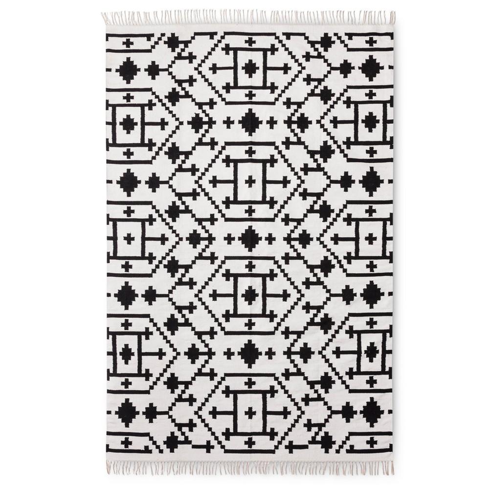 Black White Classic Accent Rug 7 X10 Nate Berkus Products