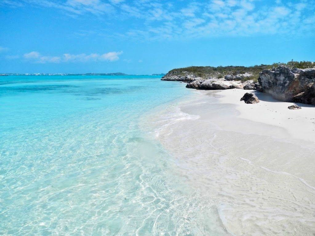 Turquoise - Turks and Caicos - Turks and Caicos Vacation Rentals - Grace Bay Cottages - www.gracebaycottages.com