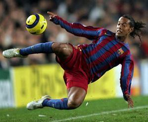 Hasil gambar untuk soccer player