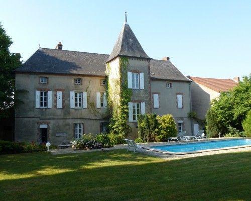 Superbe Demeure De Caractere 320m Avec Parc Et Piscine A 5 Mn De Vichy Immobilier Vichy Piscine Parc Et Maison