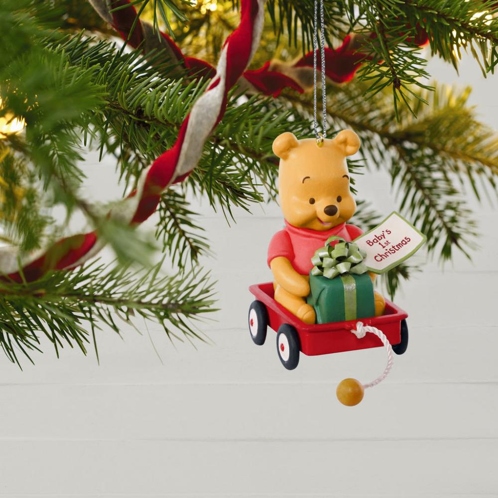 Hallmark Keepsake 2019 Disney Winnie the Pooh Baby/'s First Christmas Dated