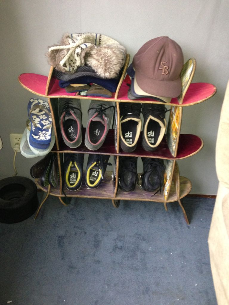 Skateboard Headboard simple shoe + hat rack, made from old skateboards. | simple shoes