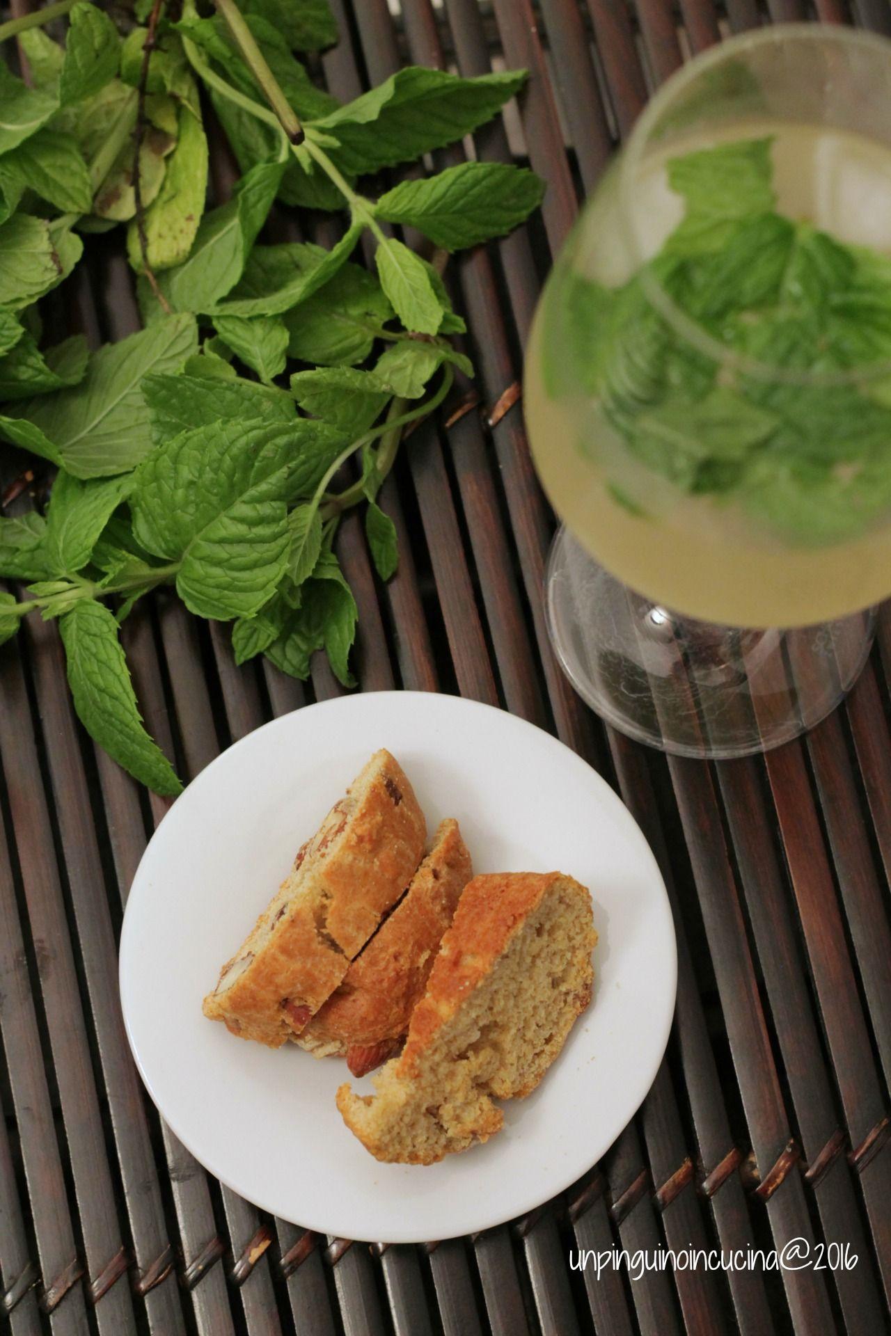 #KIDS-FRIENDLY :: Cantuccini salati con gorgonzola e mandorle