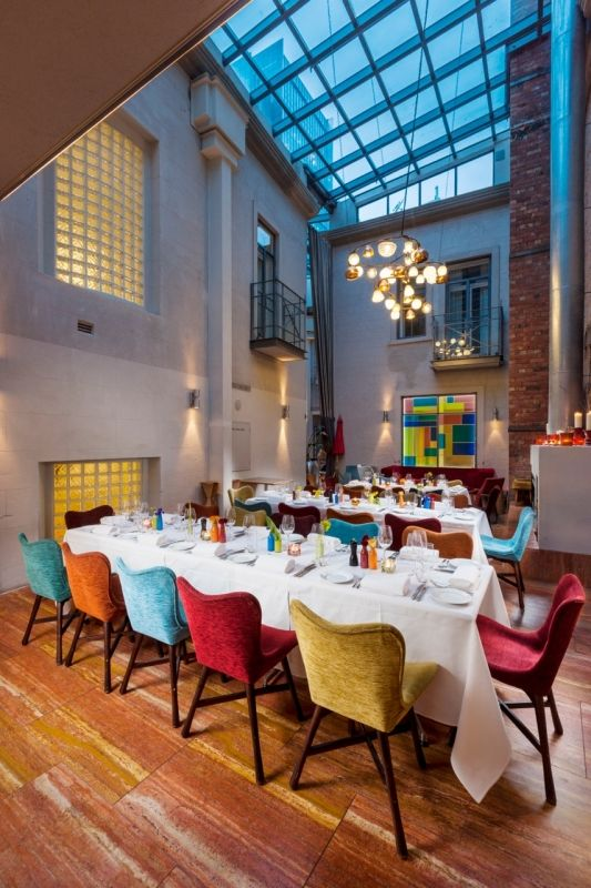 The colourful and fun atmosphere of Hotel DeBrett