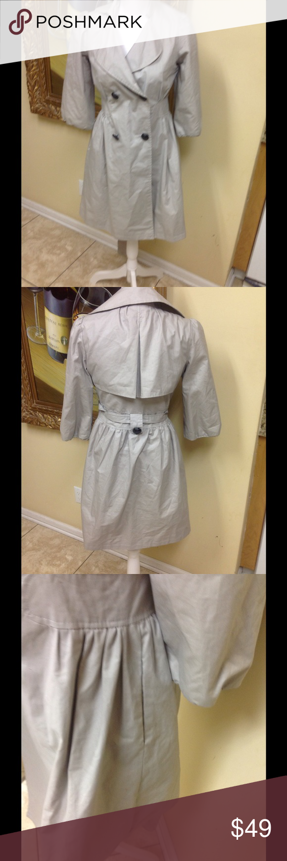 Romeo & Juliet Jacket Size S Adorable tan belted jacket by designer Romeo & Juliet size S. Pleated front and sides pleats, 2 outer pockets, great design, low price. Questions feel free to contact me. Romeo & Juliet Couture Jackets & Coats