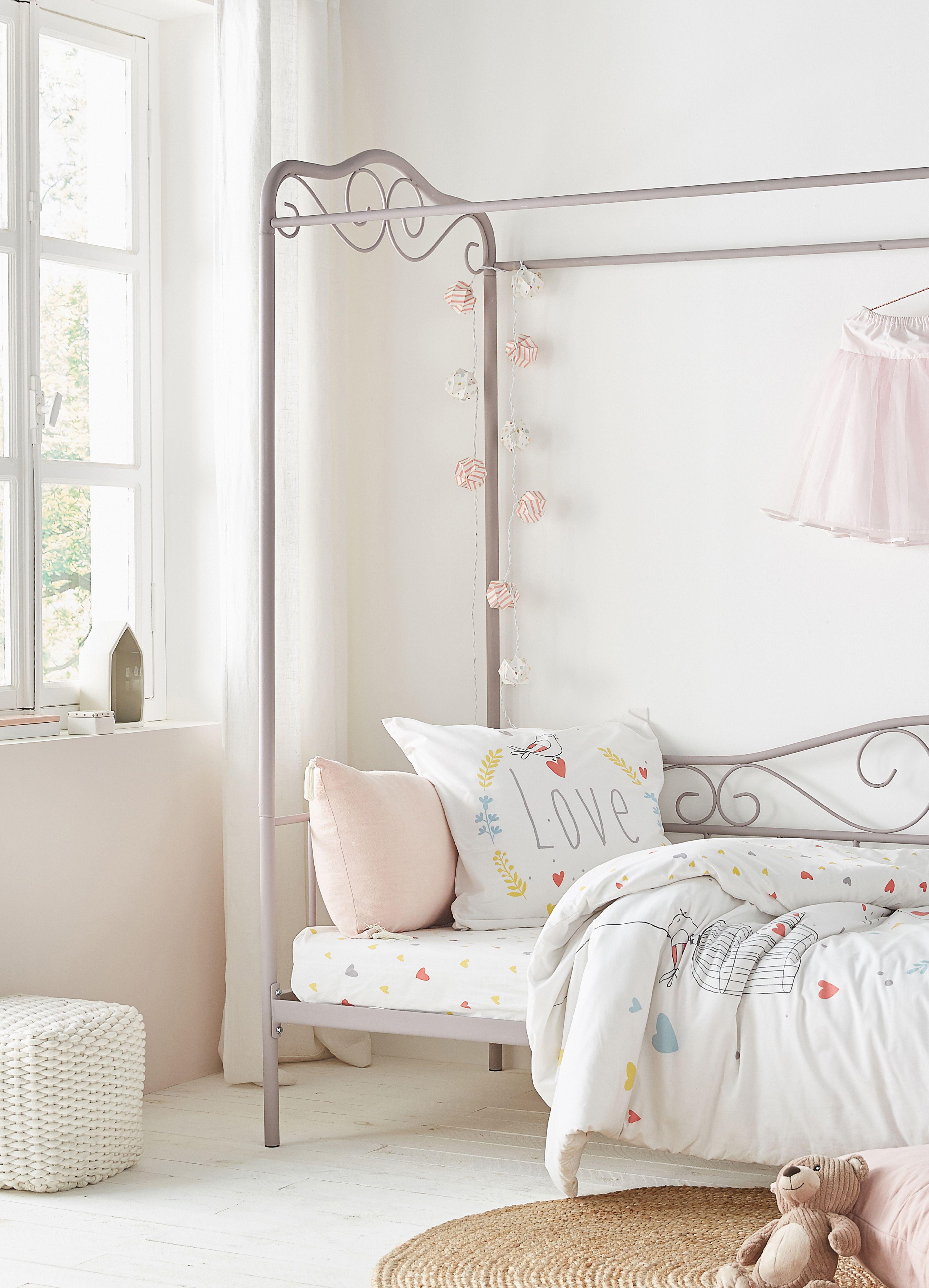 beautiful chambre romantique fille ideas. Black Bedroom Furniture Sets. Home Design Ideas