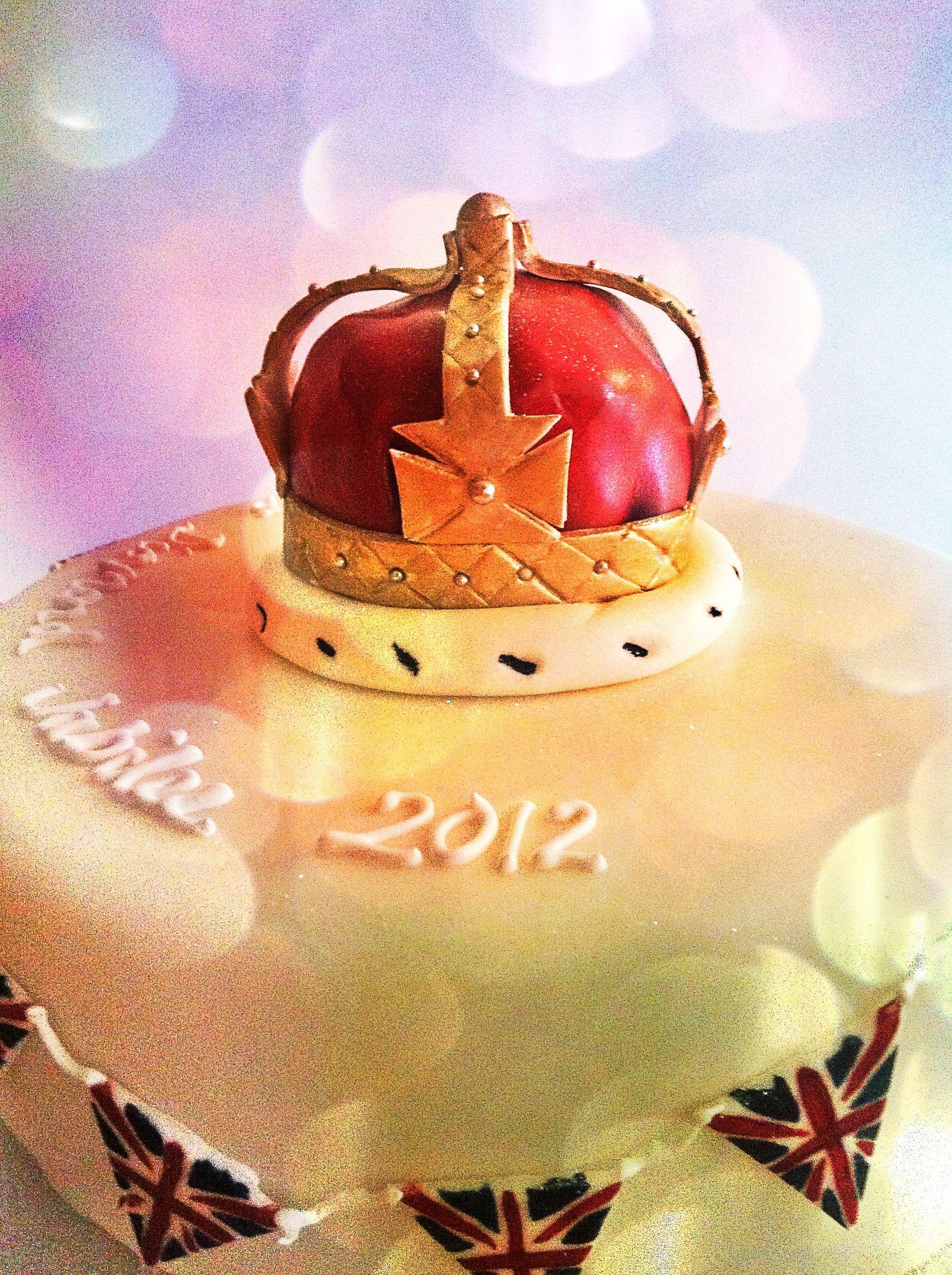 Diamond jubilee sugar crown cake rose cake memorable
