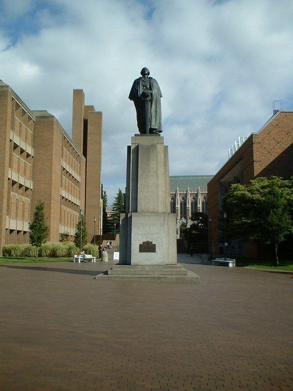Statue Of George Washington On The Uw Campus Ferry Building San Francisco University Of Washington Emerald City