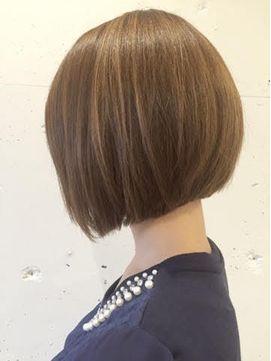 大人 前下がりショートボブ - 24時間いつでもWEB予約OK!ヘアスタイル10万点以上掲載!お気に入りの髪型、人気のヘアスタイルを探すならKirei Style[キレイスタイル]で。