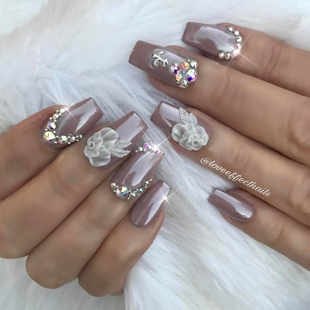 Beautiful Nails By Loveeffectnails Shop For Featured Swarovski Crystals And Magic White Chrome Powder At Daily Beautiful Nails Bedazzled Nails Fancy Nail Art