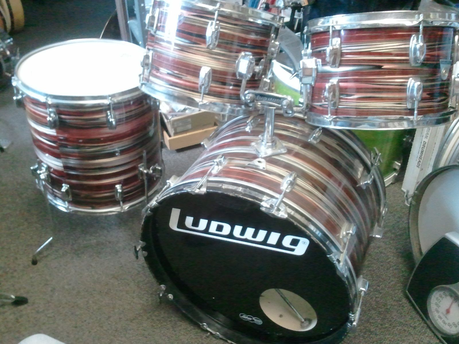 Ludwig Vintage 5 Piece Ruby Strata Drum Set 60S Standard