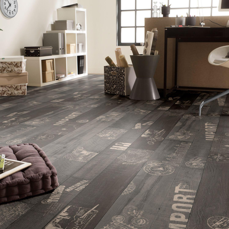 Rhino Style Black Travel Wood Effect Vinyl Flooring