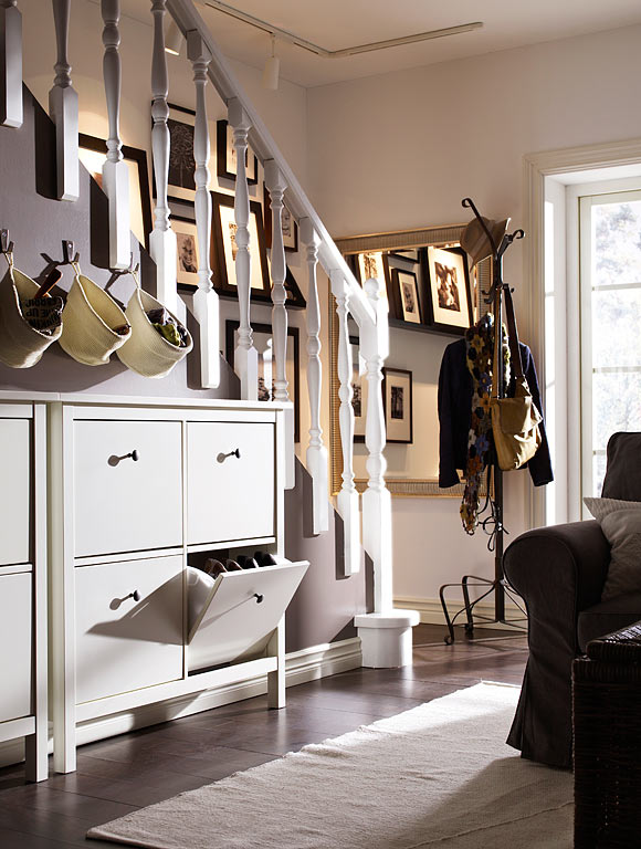 hemnes nice entry way setup i like the bags for hat. Black Bedroom Furniture Sets. Home Design Ideas