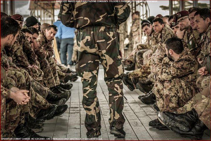 Italian Airborne & British Army ... JUMP DAY