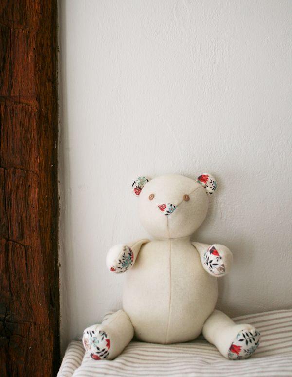 Mollys Sketchbook: Wool and Liberty Teddy Bear | Sew | Pinterest