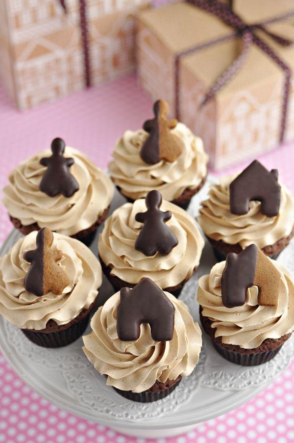 dark chocolate gingerbread cupcakes